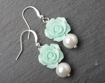 Bridesmaid earrings, Mint  earrings, mint wedding earrings, mint bridesmaid gift, garden wedding earrings, rustic wedding earrings