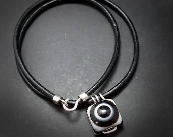 Simple Eye Agate Choker