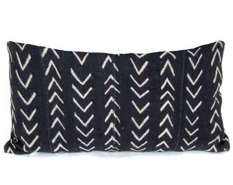 Black & White Mali Zig Zag Pillow