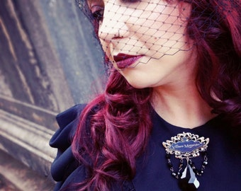 Mourning Jewelry - Viviere memento Brooch - Victorian Style