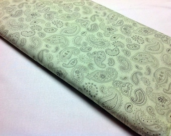 Quilt Fabric, Flutter Fabric, Sewing Fabric, Paisley, Green Fabric, Quilting Cotton, Sewing Textiles, Apparel Cotton, Benartex, Quilt, Sew