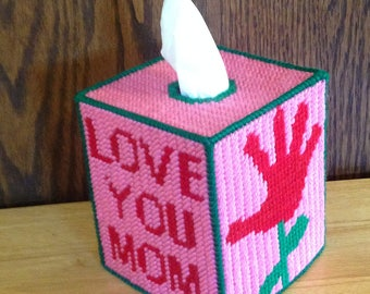 Mothers Day, Tissue Box Cover, Home Decor, Gift for Her, Gift for Wife, Christmas Gift, Plastic Canvas, Needlepoint, Love You Mom