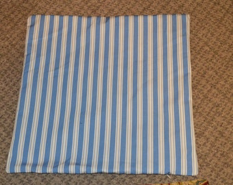 Blue and white lines