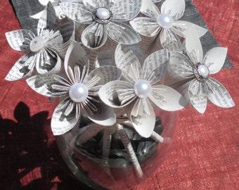 Pride and Prejudice book page origami flowers..bouquet..Jane Austen..anniversary..teacher..gift..Christmas..birthday..decoration.centerpiece