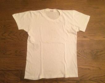 Vintage 1950's Munsingwear T-shirt Size 40 All Cotton Small Medium