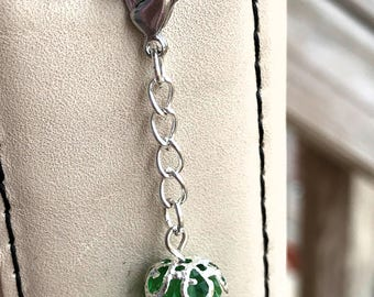 Lucky Green with Silver Chain