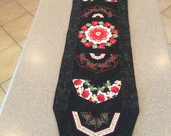 Black and Red Kaleidoscope Flower Table Runner
