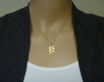 Leaf Charm Necklace in gold or silver