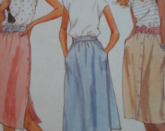 FF 1980s McCall's 7076 Skirts Pattern, Sizes 6