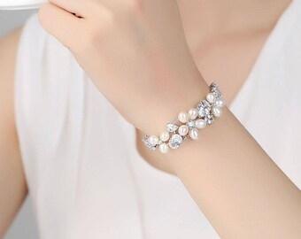 Genuine  Freshwater & Pearl Crystal Bracelet