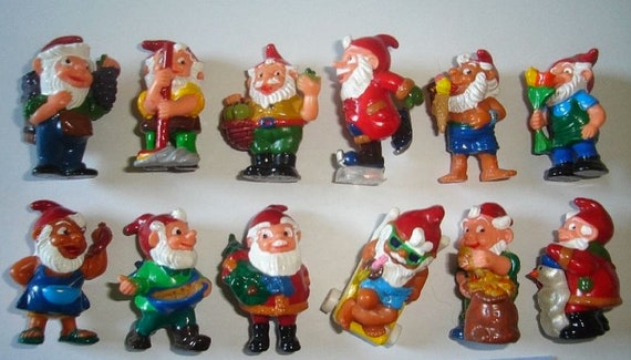 KINDER SURPRISE - Gnomes Thru the Seasons Set from Germany 1994