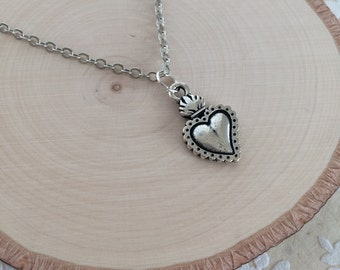 Silver Sacred Heart Milagro Chain Necklace