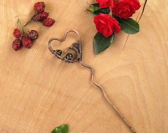 Copper heart hair stick Rustic copper wire hair fork Heart pin Beaded hair stick Wire heart hair pin with green jade valentines day gift