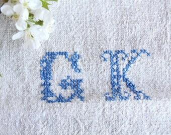 F 421 B:  antique , monogramm CORNFLOWER BLUE ; 리넨; linen; grain sack; upholstery; wedding , vintage, linne, lin,  43.31 long
