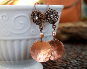 Hammered Copper Penny and Pearl Leverback Dangle Earrings