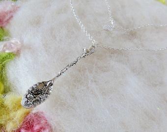 Silberlöffel Kette großer Silber verzierten Löffel Anhänger Halskette detaillierte Löffel kleine wunderliche Schmuck Retro-Charmehalskette