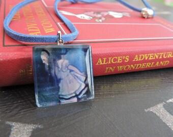 Alice In Wonderland ALICE Glass Tile Necklace (Blue)