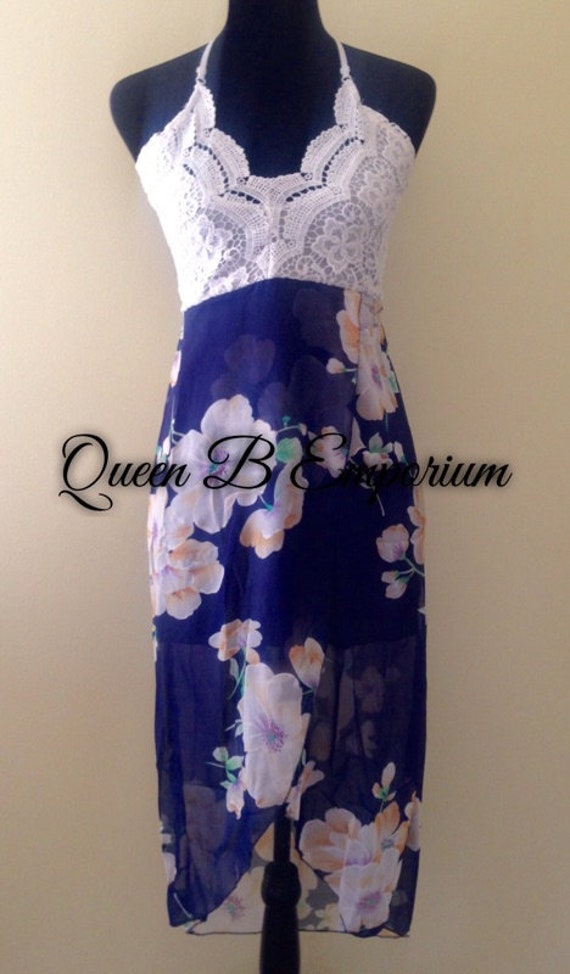 QBE Classy White Lace Cute Flower V-Neck Summer dress