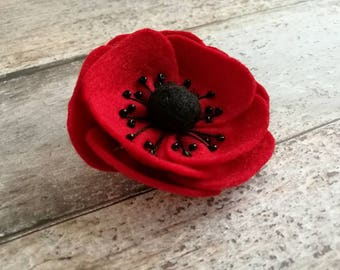 Felt poppy brooch, red poppy brooch, red flower brooch, Remembrance Day poppy wool felt pin, Felt poppy brooch, wool felt poppy - 1 brooch