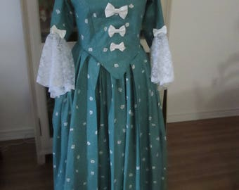 Marie-Antoinette Period Dress (Size 14) #NB-65
