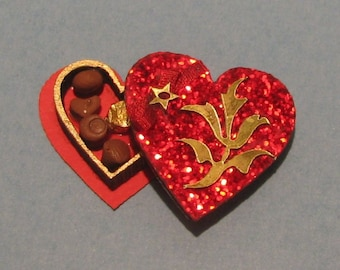 1:12 Dollhouse Miniature Heart Chocolate Box Kit/ Miniature Kit DI CB201