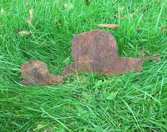 2 Snails Rusty / Patina, Mild Steel Metal Garden / Yard / Pond Art, Ornaments