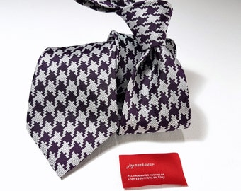 Silk Tie Large Houndstooth in Plum Eggplant Dark Purple and White