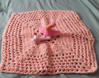 Chunky Granny Square Baby Blanket in Salmon