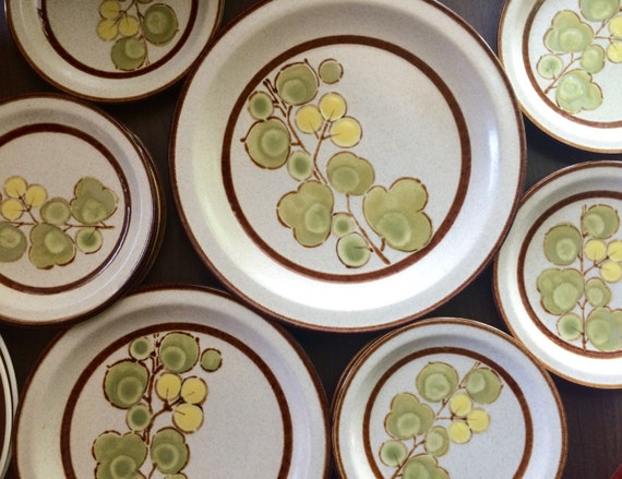 Like this item? & Mid Century Modern Dishes Plate Set International China