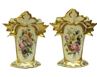 Pair of Antique Porcelain Wedding Centerpiece Vases. Hand Painted Ceramic Bridal Vase. Napoleon III Porcelaine de Paris. Shabby French Decor