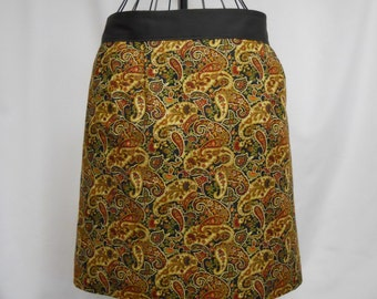 Women's Full Coverage Half Apron Paprika Paisley