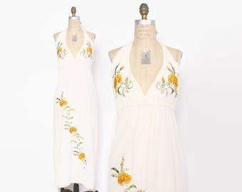 Vintage 70s Halter DRESS / 1970s Boho Ivory Cotton Embroidered Floral Backless Maxi Dress xs