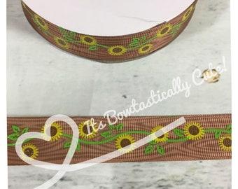 "7/8"" Grosgrain Sunflower on Wood Background High Quality USDR Ribbon"