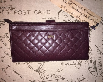 ETIENNE AIGNER VINTAGE Oxblood 7 X 4 X 1 Quilted Leather Wallet
