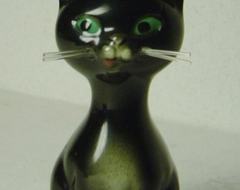 cute vintage 1959 porcelain cat figurine signed Goebel West Germany
