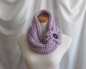 Cowl Button Neckwarmer Chunky Bulky Crochet Neckwarmer Cowl:  Purple Lilac with Black Button