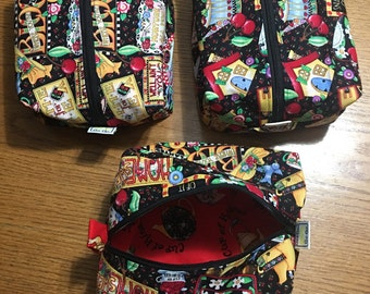 "Travel bag, cosmetic bag, toy bag, coffee/ tea travel bag with zipper 7"" x 9"" x 3"""