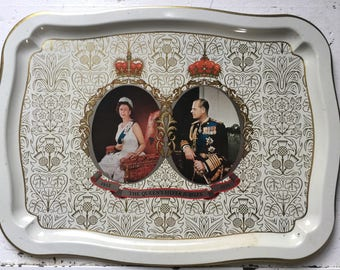 Royal Queen's Silver Jubilee Commemorative Serving Tray 1977 Vintage