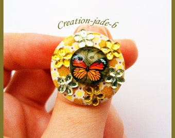 Wood with Cabochon glass Butterfly - adjustable button ring