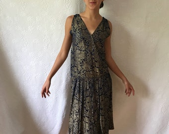 Vintage 1920s lamè navy & gold brocade dress with stylised flowers and asian symbols