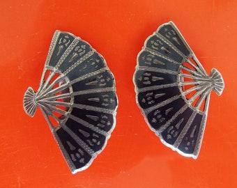 Vintage 1950's Sterling Silver Siam Earrings Clip On Fan Shaped Earrings Niello Earrings