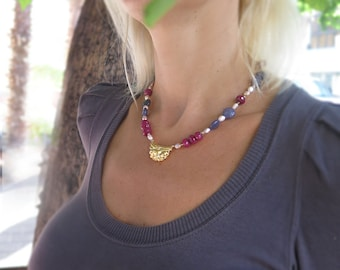 Violet Pink Jade Necklace, Gold Flower Pendant, Handmade jewelry, gift for women, bohemian jewelry, statement necklace, ethnic jewellery
