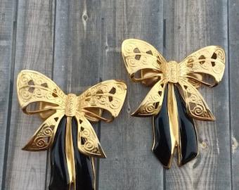 Beautiful vintage repurposed parts ribbon bows in black and gold filigree