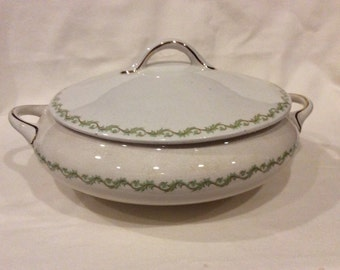 Alba China Edwin Bennett Pottery Co Vintage Round Covered Vegetable Dish