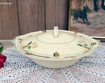 RESERVED to LORNA!!!Vintage Creampetal Grindley England Lidded Soup Tureen/Serving Dish Retro English Dinnerware Cottage Chic Farmhouse
