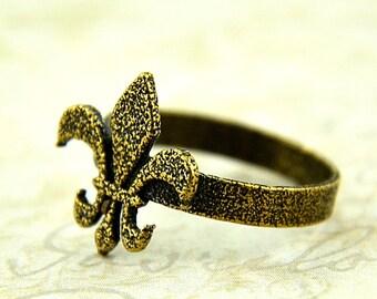 Bronze Fleur De Lis Ring - Fleur de Lys Ring