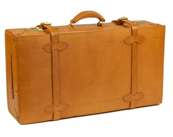 """Weekender Leather 28"""" Suitcase Vintage Styling by Camden LeatherWorks"""