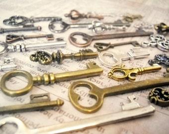 Bulk Skeleton Keys Steampunk Key Charms Assorted Charms Assorted Keys Bronze Silver Gold Copper Black Keys Wholesale Keys 100 pieces