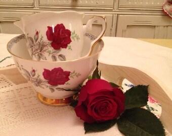 Vintage Royal Stafford Roses to Remember Red rose milk Jug and Sugar Bowl creamer set.
