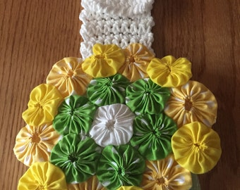 Crochet tea towel kitchen topper fabric yoyo flower